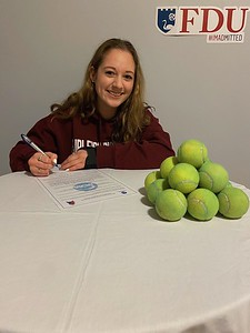 plainville-girls-tennis-player-cronkhite-to-compete-at-fairleigh-dickinson-next-year