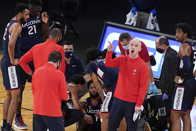 uconn-mens-basketball-feeling-right-at-home-being-back-in-march-madness