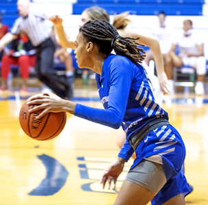 toppin-scores-careerhigh-26-points-but-ccsu-womens-basketball-falls-to-wagner