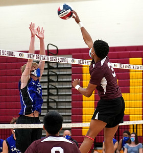 southington-boys-volleyball-rolls-past-new-britain-for-ninth-consecutive-win