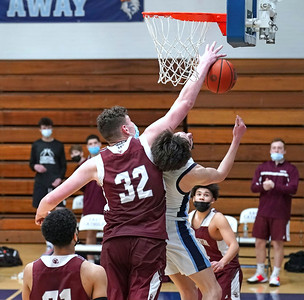 bristol-central-boys-basketball-grinds-out-overtime-win-against-east-catholic-to-complete-undefeated-season-win-ccc-champions-tournament