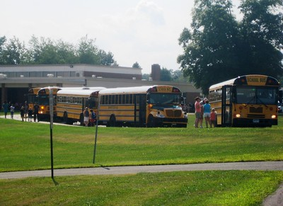 close-to-20-percent-of-students-wont-be-attending-newington-schools-in-person-this-fall