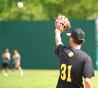 experienced-arms-to-play-big-role-in-bees-pitching-staff