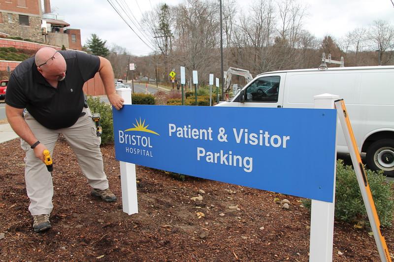 HospitalParking-br-120717::1